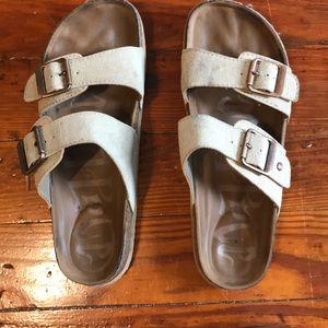 Mad Love Tan Sandals Size 6